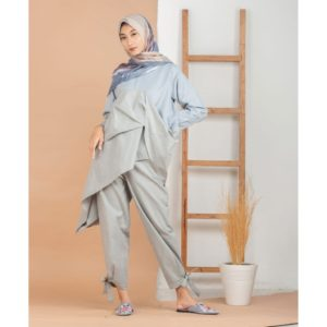 Elleanor Cotton Top Light Blue